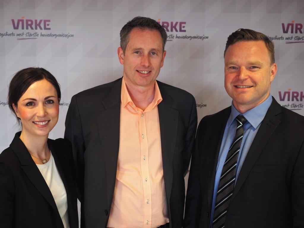 Virke og Zacco har inngått samarbeidsavtale for å bidra til økt verdiskapning og beskytte sikre Virke-medlemmenes innovasjon og merkevarer. Fra venstre: Maja Glad Pedersen og Alistair Munro (Virke) og Thor B. Mosaker (Zacco).