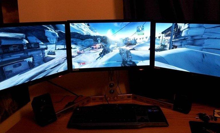 2 skjermer på pc