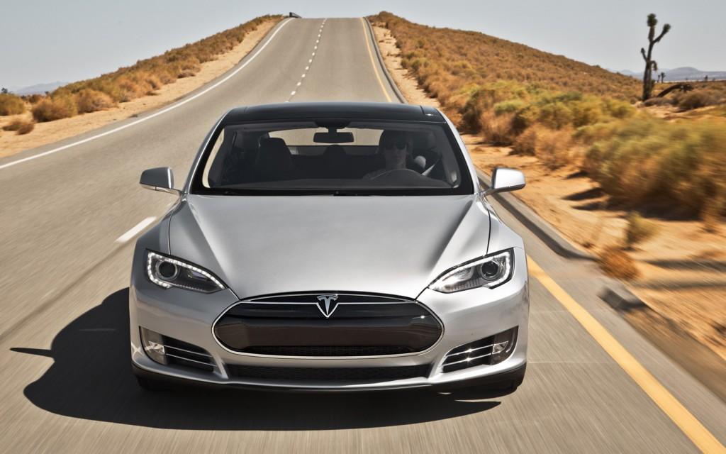 2013-Tesla-Model-S-front-2